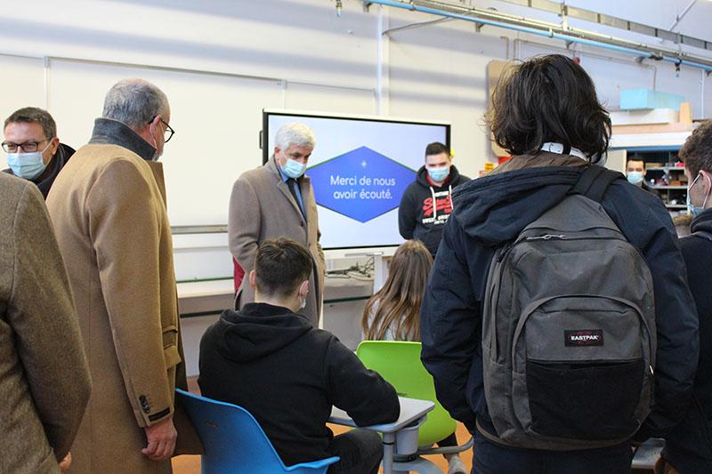 3d - Echanges avec les élèves